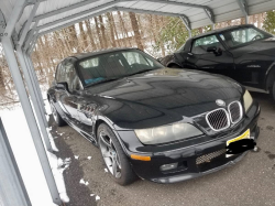 2001 BMW Z3 Coupe in Jet Black 2 over Dream Red